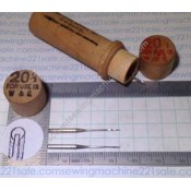 """""""Boye"""" Needles with Wood Container #20 1/2"""
